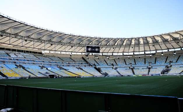 Jogos de futebol no Rio de Janeiro vão ter presença de torcedores?