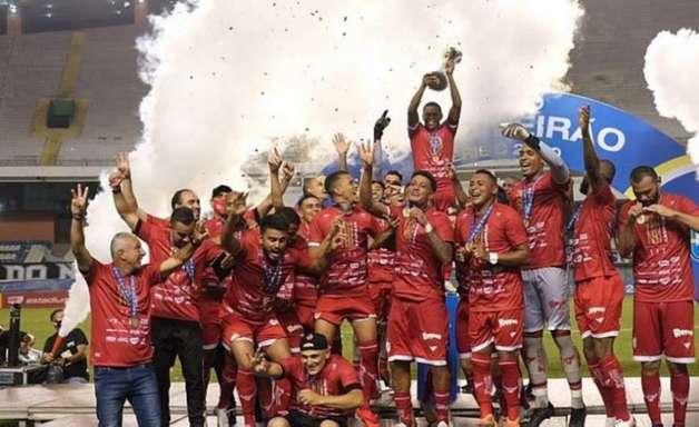 É do Tigrão! Vila Nova conquista a Série C com outra vitória sobre o Remo