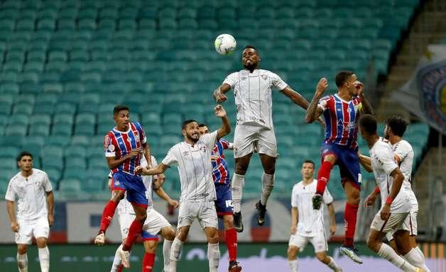 Dado Cavalcanti lamenta precipitação em gol sofrido e não questiona elenco do Bahia