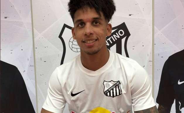Palmeiras encaminha venda de Vitinho ao Red Bull Bragantino por quantia milionária