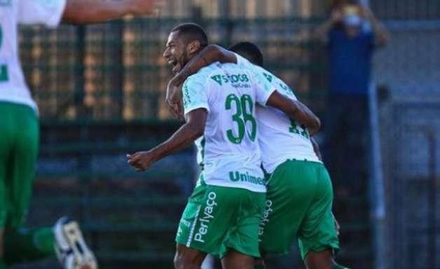 Chapecoense estreia com pé direito no Catarinense