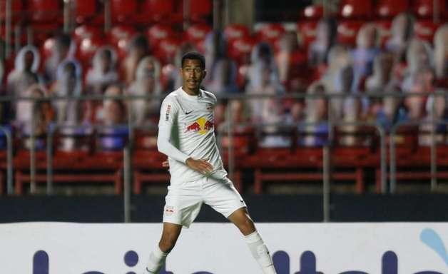 Weverson anuncia saída do São Paulo e deve fechar com o RB Bragantino