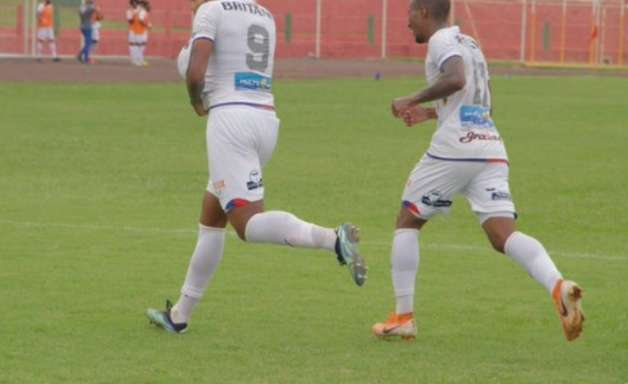 Maurílio exalta Paraná mais 'ousado' para vencer o Toledo