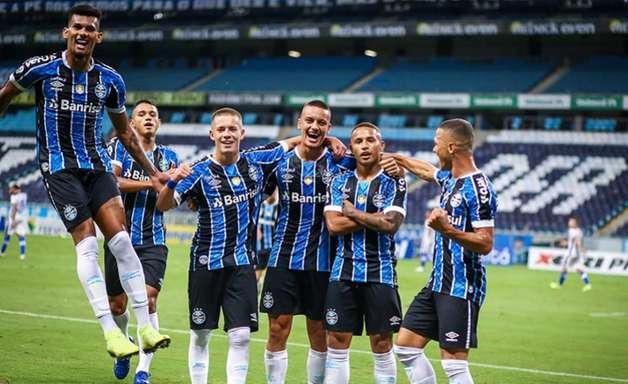 Com reservas, Grêmio vence é Aimoré e lidera o Gaúcho