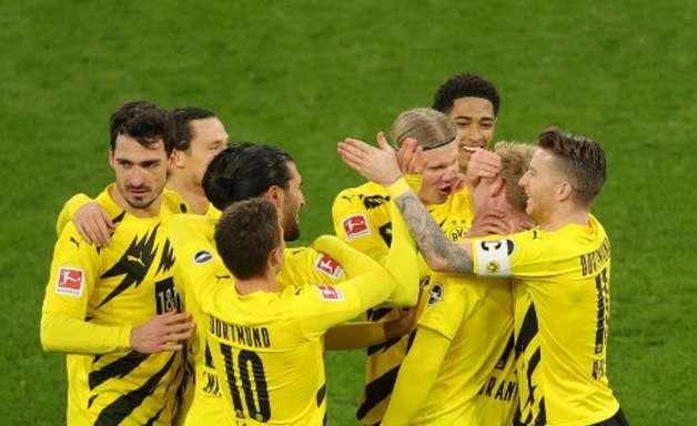 Capitão do Borussia Dortmund, Reus exalta Haaland: 'É um jogador único'