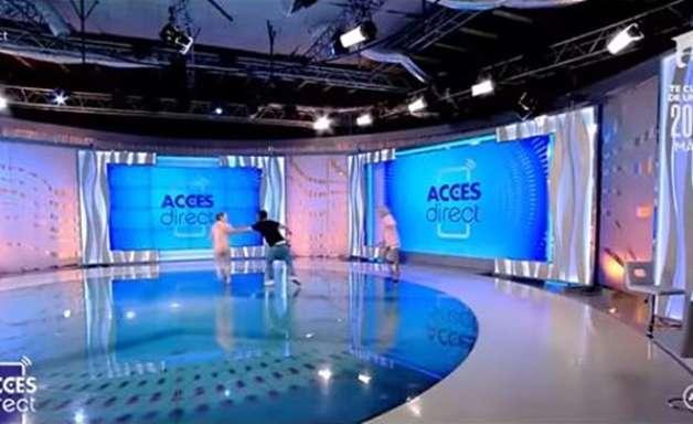 Mulher nua invade estúdio de TV e tenta ferir apresentadora