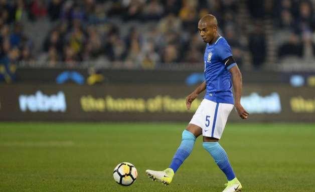Proposta por Fernandinho estaria sendo elaborada pelo Athletico