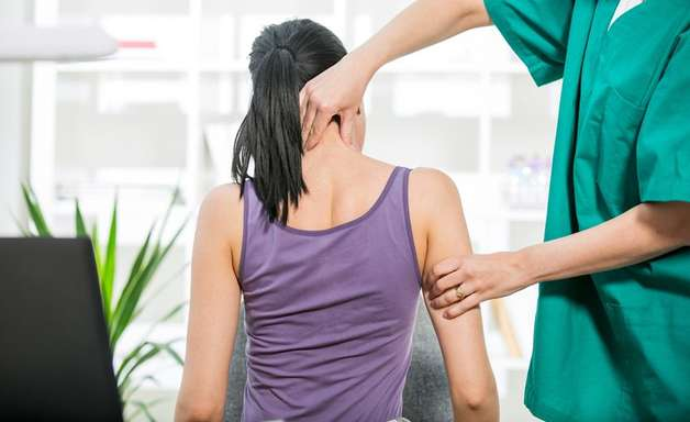 Fique atento aos pequenos hábitos e evite a dor na coluna