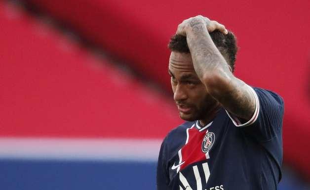 Neymar é expulso no final e PSG perde para o Lille em casa