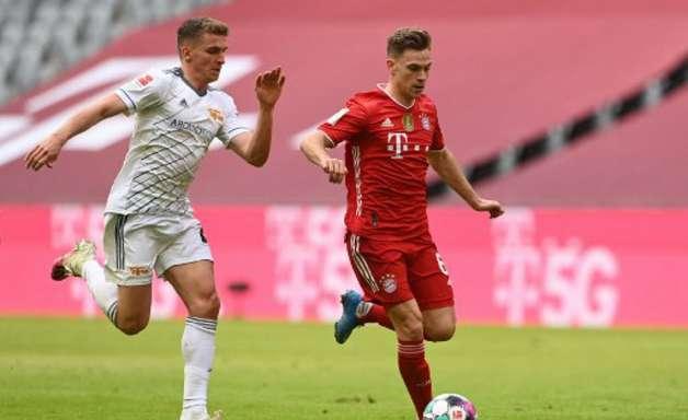 De olho no PSG, Bayern joga mal e só empata no Alemão