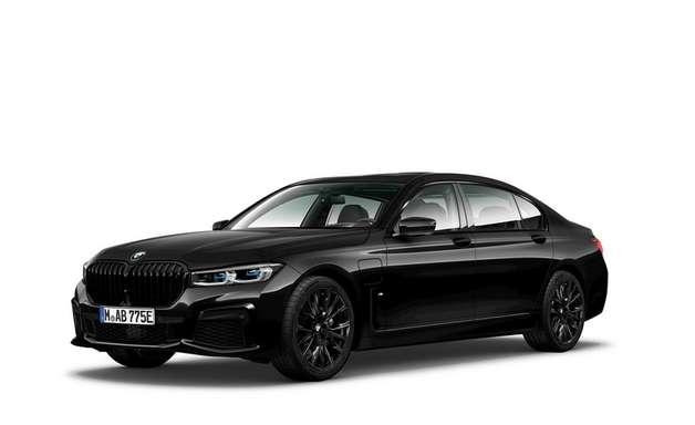 BMW lança versão Dark Edition para três modelos no Brasil