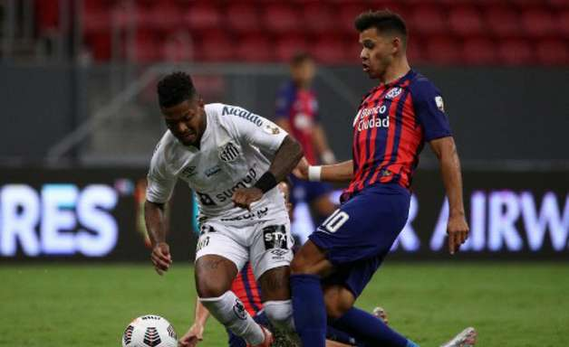 Rueda fala em punição interna para Marinho por episódio na Copa Libertadores