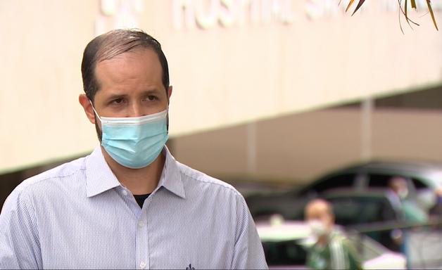 'Pressão da UTI tem feito meus médicos e enfermeiros pedirem demissão'