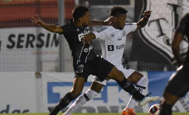 Santos joga mal e é atropelado pela Ponte Preta em Campinas