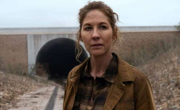 Jenna Elfman de Fear the Walking Dead comenta decisão mortal de June