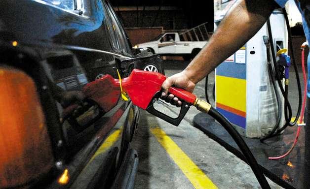Cinco dicas para economizar combustível no seu carro