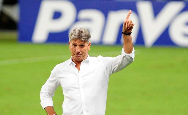 Presidente do Corinthians descarta contratação de Gaúcho