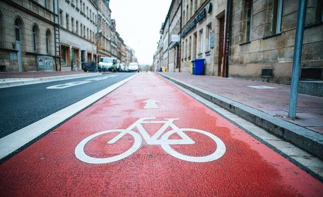 Como contribuir para a segurança de ciclistas no trânsito