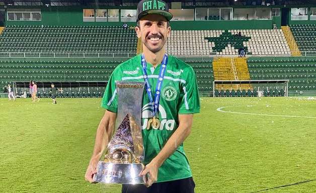 Próximo de voltar, Thiago Ribeiro fala dos objetivos pessoais e da Chape em 2021