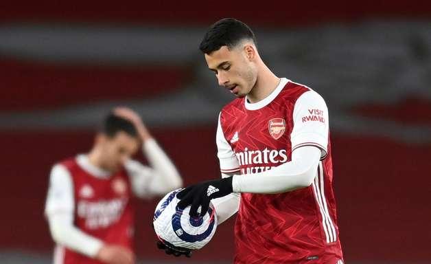 Com falha de Leno, Everton vence o Arsenal pelo Inglês