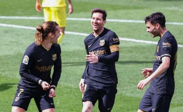 Griezmann decide, Barça vence e iguala Real Madrid no Espanhol