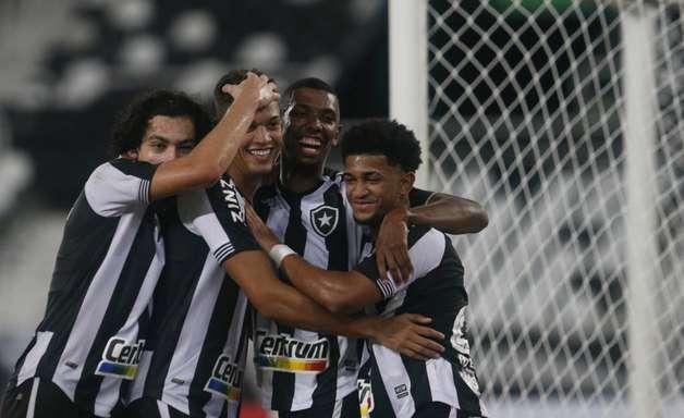 Chamusca valoriza vitória do Botafogo na última rodada do Carioca