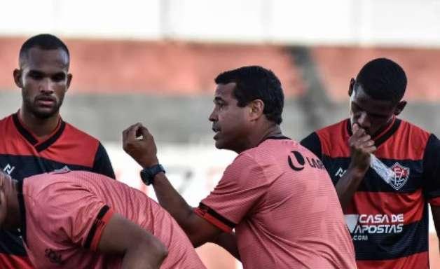 Vitória deixa de lado a Copa do Nordeste e foca no estadual