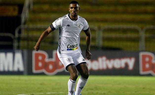 TJD-RJ julga, e Kanu, do Botafogo, é apenas advertido por expulsão no clássico contra o Flamengo