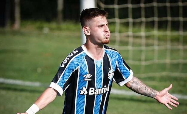 Tem joia vindo aí! Grêmio já prepara Léo Fenga para ser o novo destaque da equipe nos próximos anos