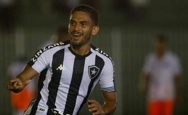 Marco Antônio, do Botafogo, valoriza semana de treinos: 'Toda equipe precisa de um tempo para trabalhar'