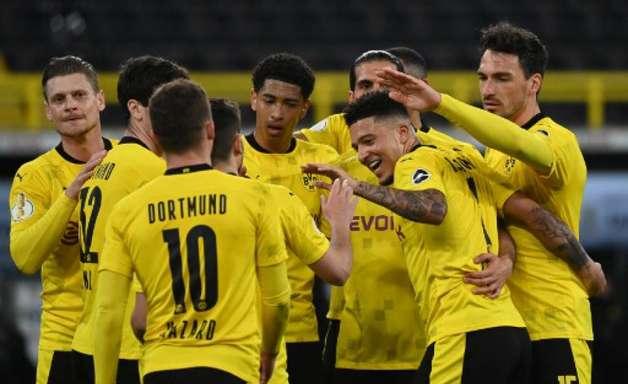 Sem Haaland, Borussia Dortmund goleia time da segunda divisão e vai à final da Copa da Alemanha