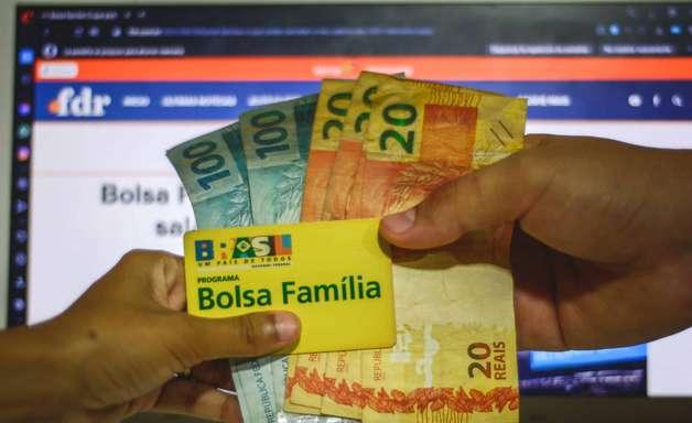 Calendário do Bolsa Família paga 2ª parcela do auxílio emergencial em maio