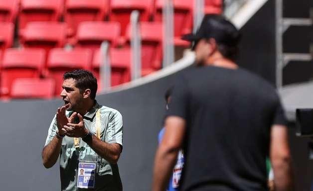 Abel Ferreira e auxiliar são suspensos por um jogo devido a reclamações na Supercopa