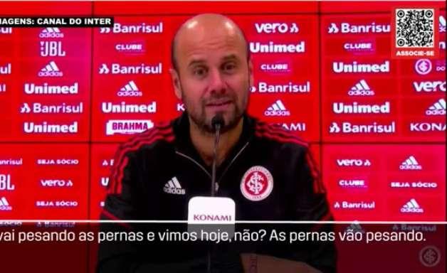 """INTERNACIONAL: Miguel Ángel Ramírez aponta cansaço dos jogadores com sequência de partidas: """"A cabeça acredita que nos recuperamos rápido, mas a cada jogo as pernas pesam mais"""""""