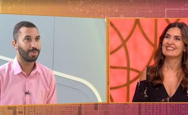 Gil fala de bastidores e faz fofoca de Carla e Arthur