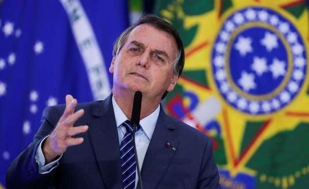 """Bolsonaro fala em novo """"problema sério"""" por falta de chuvas"""