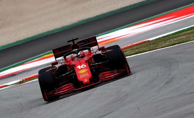 Ferrari vibra com sumiço de fraqueza em desempenho de corrida após bater McLaren