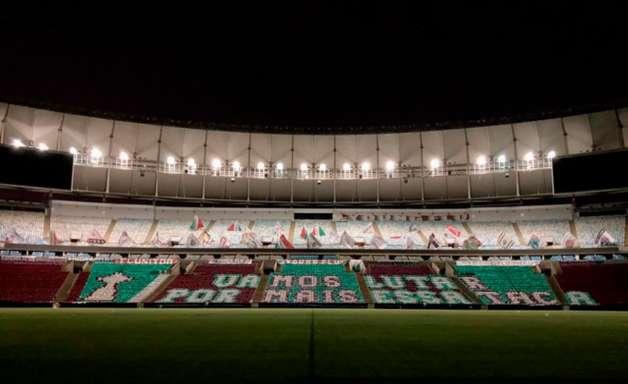 'Vamos lutar por mais essa taça': mosaico está pronto no Maracanã para receber Fluminense e Santa Fe