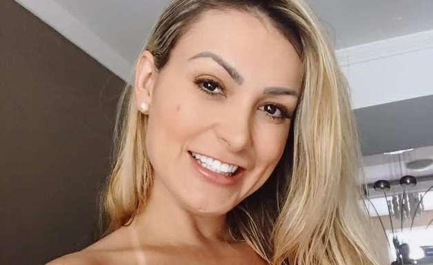 Andressa Urach decide manter ação milionária contra a Igreja Universal