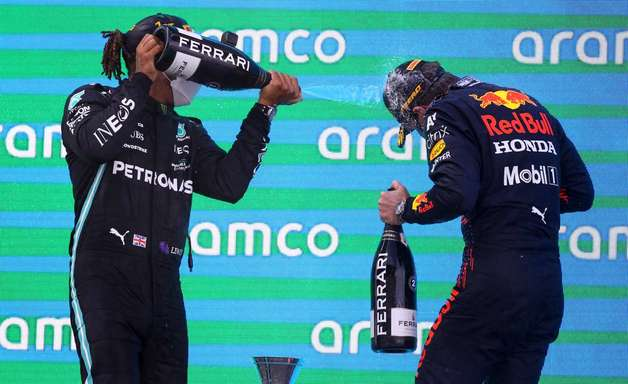 TT GP #12: Mercedes x Red Bull é o Maguila x Holyfield da F1
