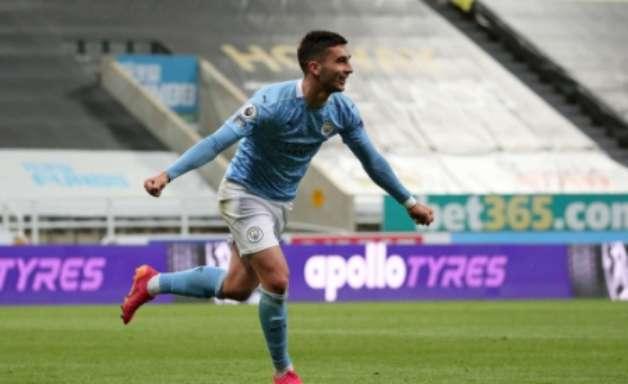 Já campeão, City vence o Newcastle em jogo de três viradas