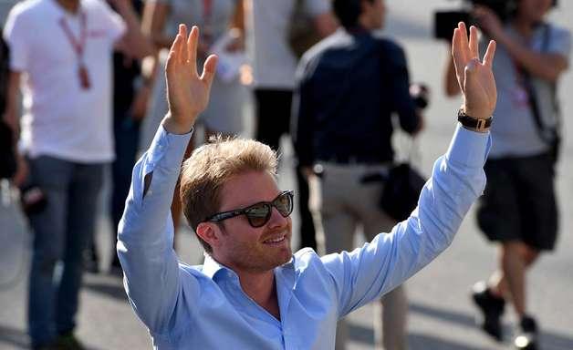 Lauda tentou manter Rosberg na Mercedes F1 no final de 2016