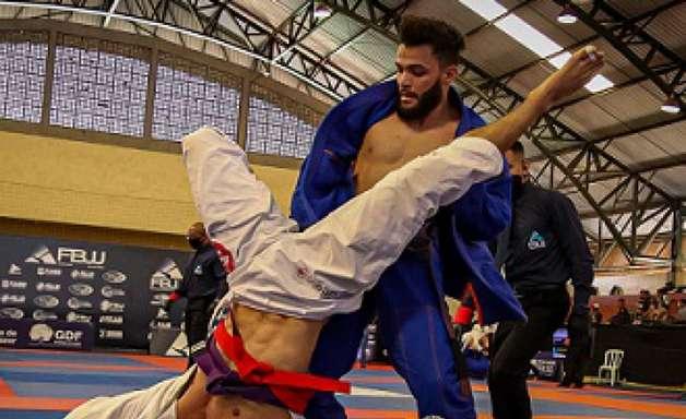 Brasileiro Centro-Oeste de Jiu-Jitsu da FBJJ tem alto nível técnico em todas as faixas; resultados
