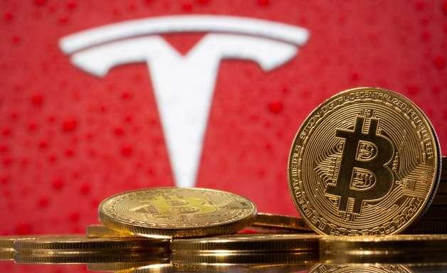 Bitcoin atinge mínima em 3 meses, mas se recupera com tuítes de Musk