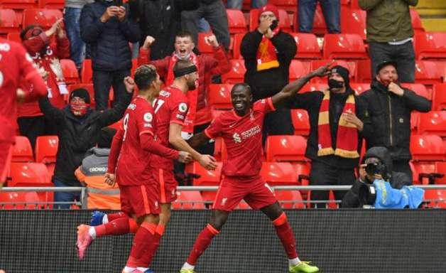 Liverpool vence e garante vaga na Champions League