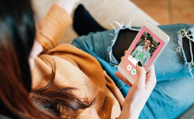 Quer arrumar um crush com memes? Conheça o app Schmooze