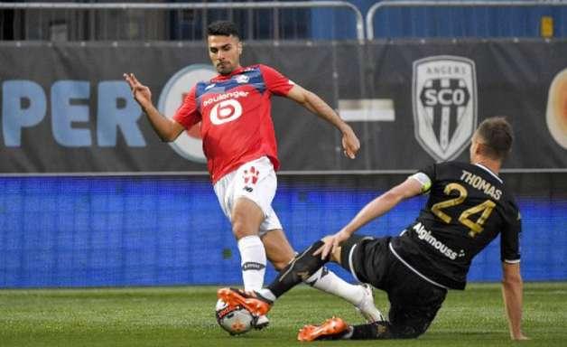 Manchester United entra na disputa pela contratação de lateral do Lille
