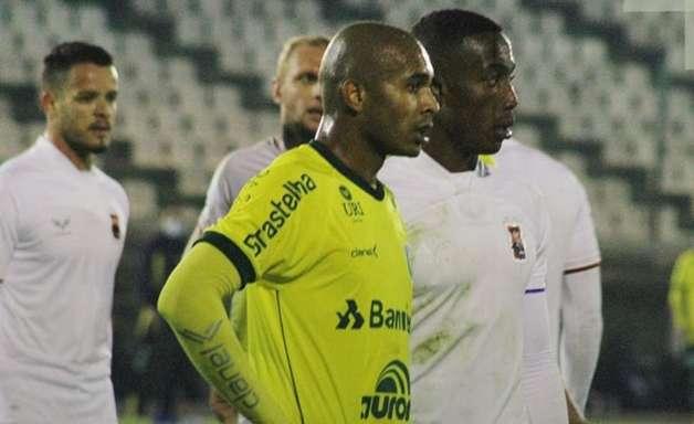 Por primeira vitória na Série C, Paraná precisa acabar com marca incômoda