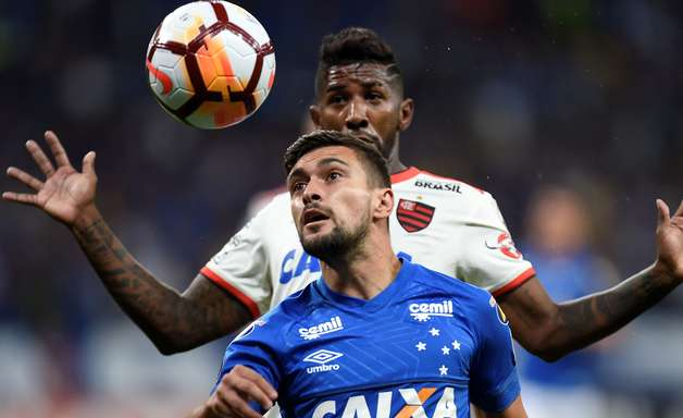 Cruzeiro tem 30 dias para pagar R$ 7 milhões em caso Arrascaeta para evitar punição