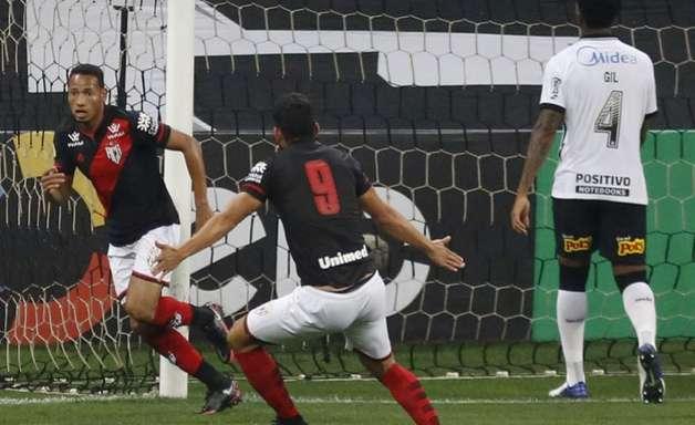 Eliminação diante do Atlético-GO foi a mais precoce do Corinthians na história da Copa do Brasil